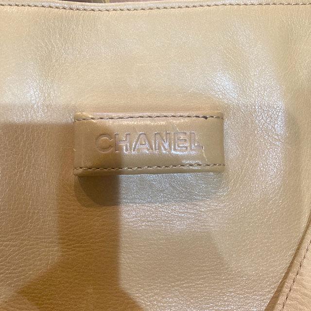 出張買取にて明石のお客様からシャネルのトートバッグを買取_04