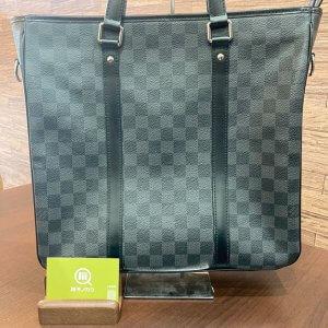 モノカウ心斎橋店にて十三のお客様からヴィトンのダミエ・グラフィット【タダオ】2wayバッグを買取